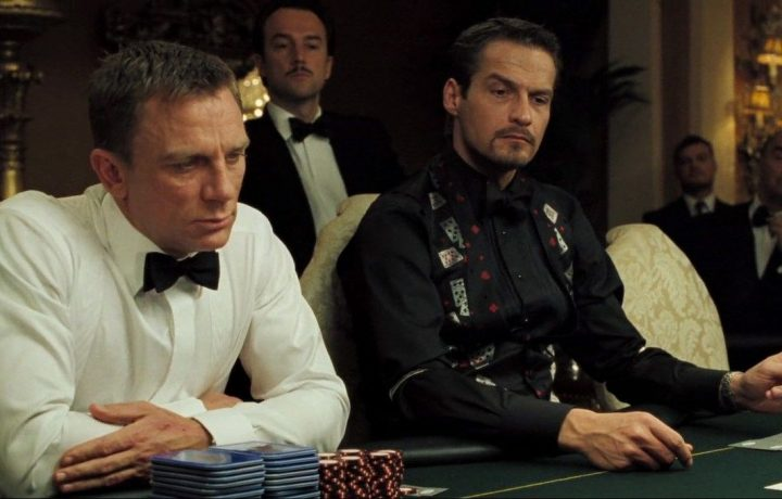Pemeran James Bond Bermain Casino Online